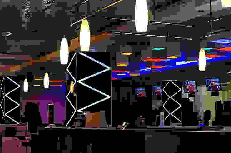 Lucky Strike, ТРЦ Fabrika Бары и клубы в эклектичном стиле от UKRINTEL Эклектичный