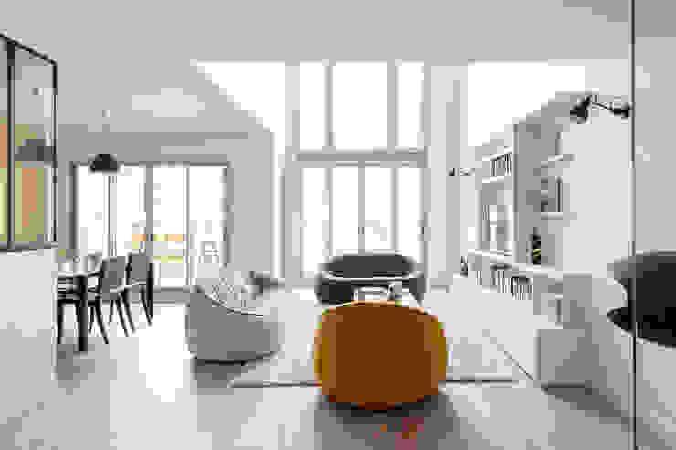 am alexandra magne Modern living room