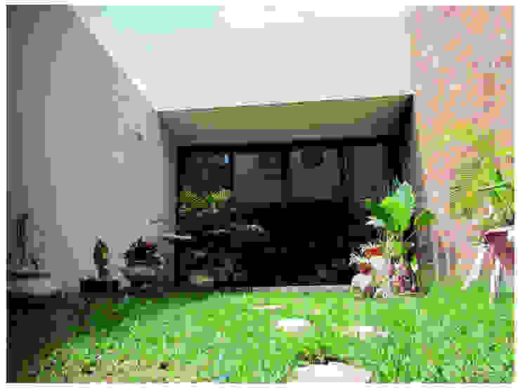 Garden by Constructora e Inmobiliaria Catarsis,