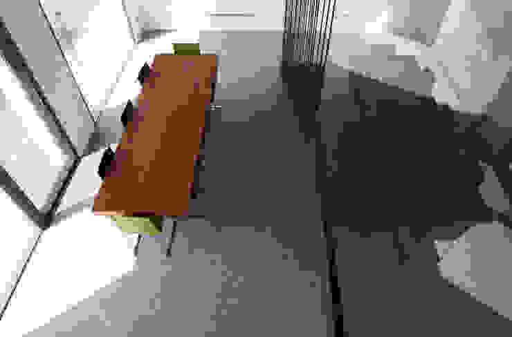 HDBV – housedouble quattro castella Sala da pranzo moderna di NAT OFFICE - christian gasparini architect Moderno