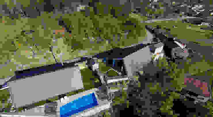 As cabanas dos Netinhos : Hotéis  por Carlos Faria,Moderno