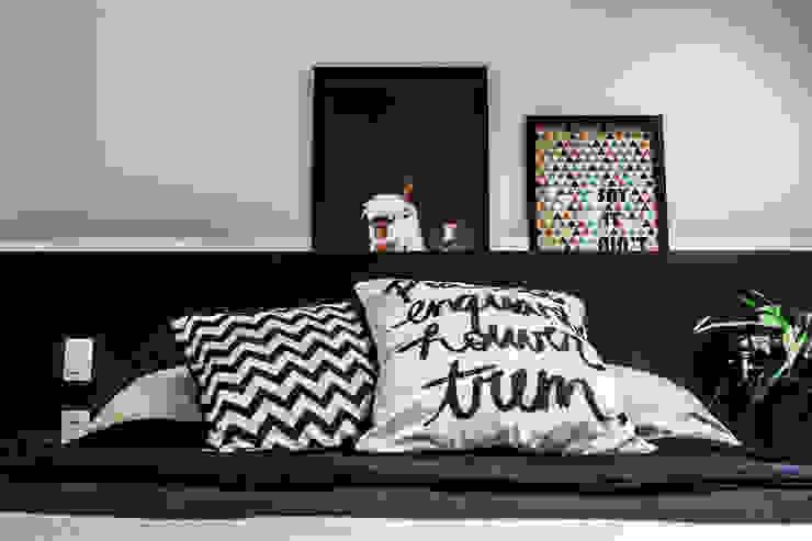 SP Estudio Modern Bedroom