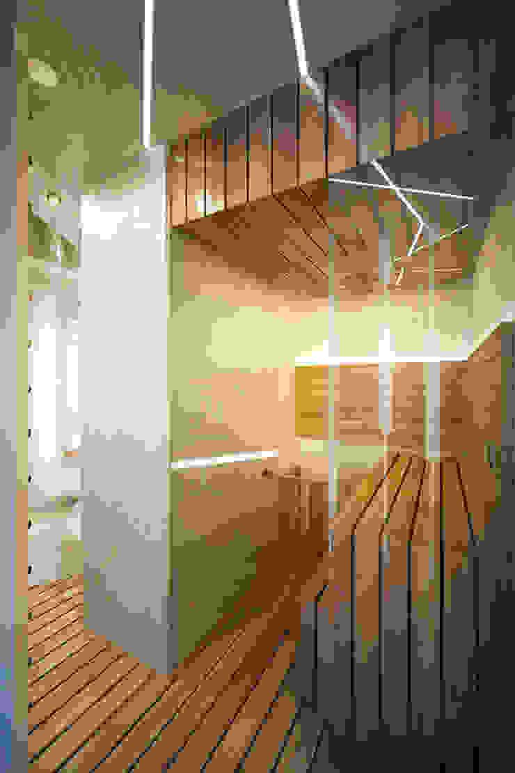 Футуристическая квартира в Москве Спа в стиле модерн от Cтудия дизайна Станислава Орехова Модерн