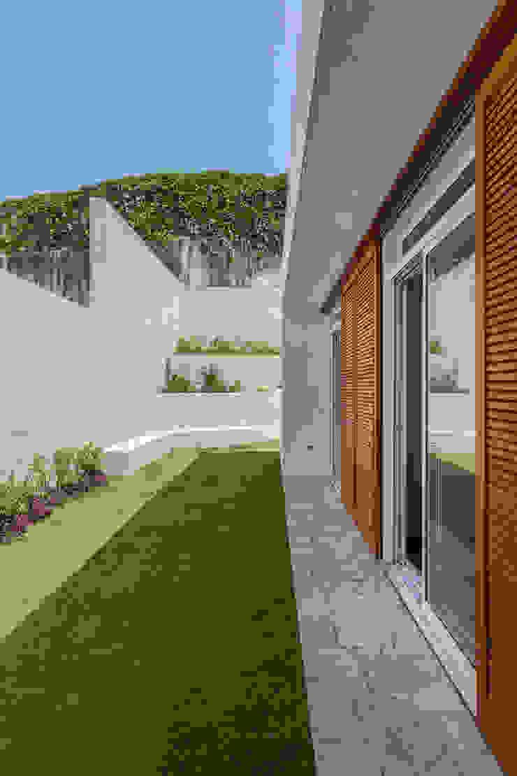 Residência Parque dos Príncipes Portas e janelas modernas por Nautilo Arquitetura & Gerenciamento Moderno