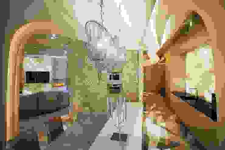 Футуристическая квартира в Москве Кухня в стиле модерн от Cтудия дизайна Станислава Орехова Модерн