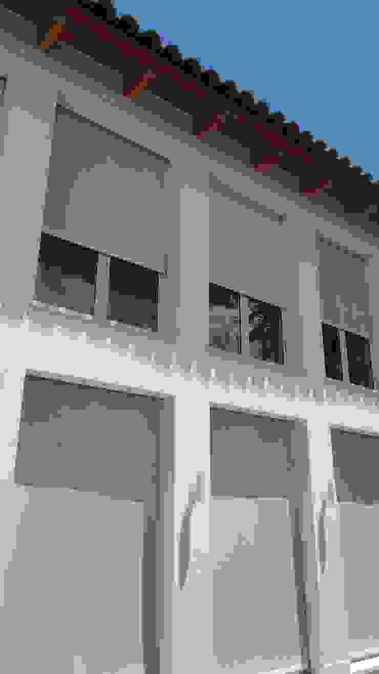 Vetrate dell'ala a due piani Aroma Italiano Eco Design Finestre & Porte in stile minimalista Alluminio / Zinco Bianco