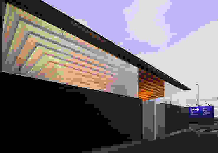 夜景 アジア風商業空間 の bUd アトリエ一級建築士事務所 和風