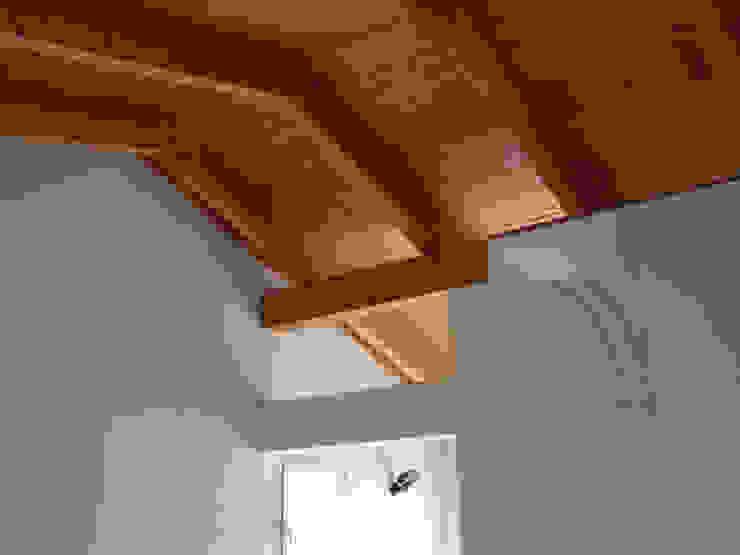 Copertura in legno zona notte Aroma Italiano Eco Design Camera da letto minimalista Legno massello Beige