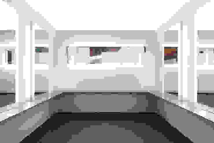 化粧ルーム アジア風商業空間 の bUd アトリエ一級建築士事務所 和風