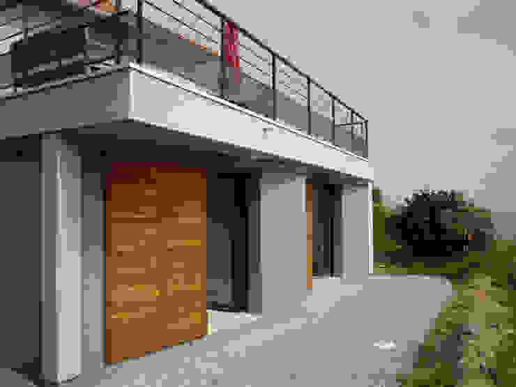 EXTENSION A LA PLAINE-SUR-MER (44) - Loire Atlantique - France Maisons modernes par THOUEMENT ARCHITECTE Moderne