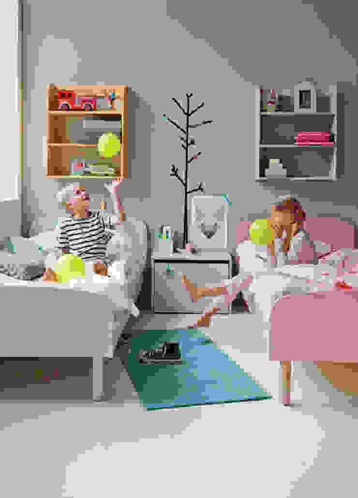 Ideas útiles para amueblar una habitación infantil compartida de MRN Moderno