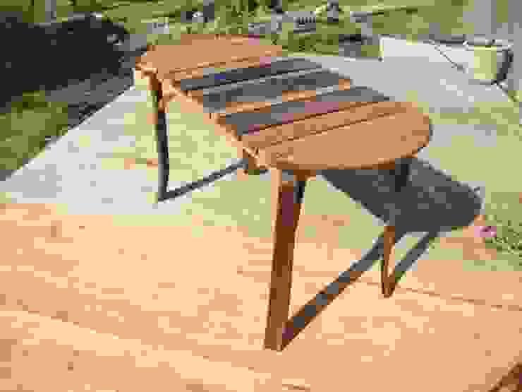 """""""D"""" end slatted table: rustic  by Robbie Reid Furniture, Rustic"""