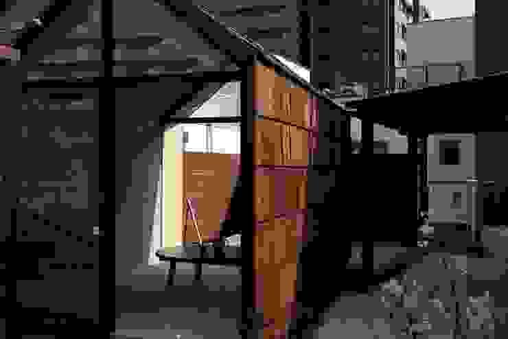 ひなたぼっ小屋: akimichi designが手掛けたミニマリストです。,ミニマル