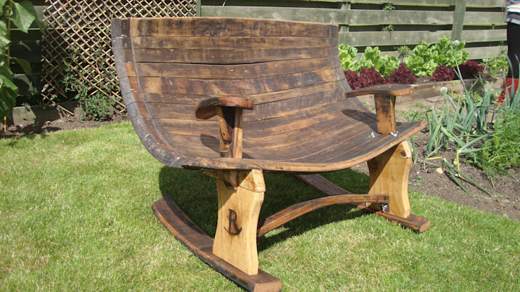 large rocking chair with detachable legs: rustic  by Robbie Reid Furniture, Rustic