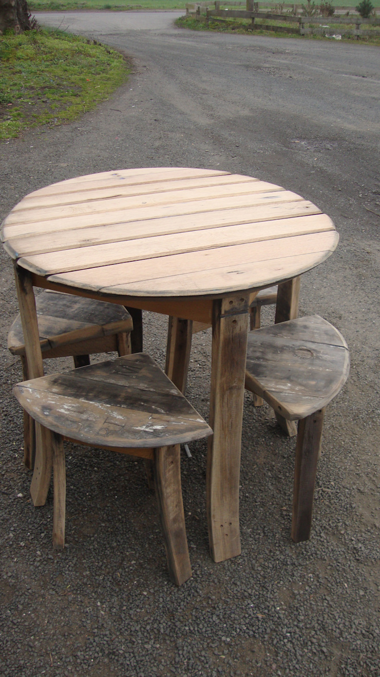 large slatted table with four corner stools: rustic  by Robbie Reid Furniture, Rustic