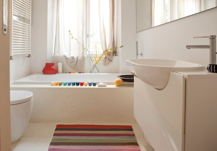 Modern bathroom by davide petronici | architettura Modern