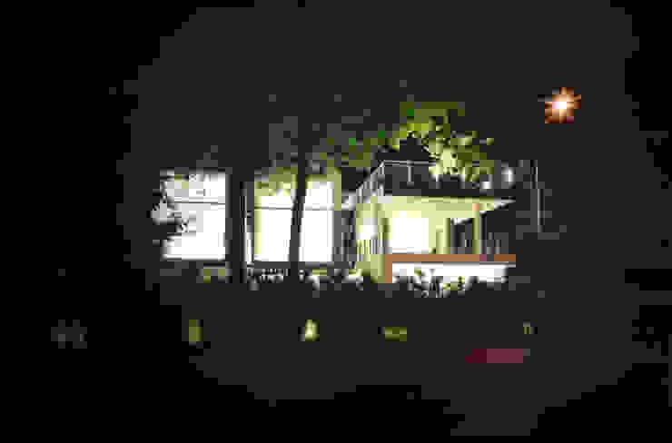 Modern houses by NAT OFFICE - christian gasparini architect Modern