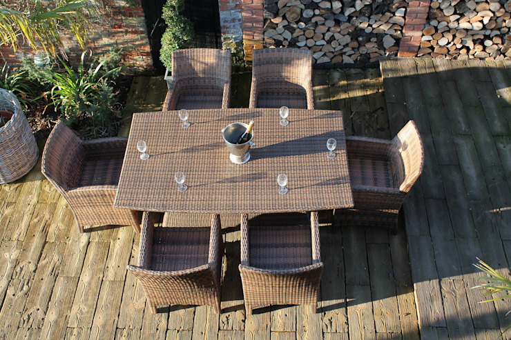 Cleo Dining Set: modern  by Garden Furniture Centre, Modern