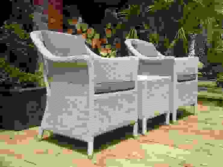 Eco Loom Balcony Set: modern  by Garden Furniture Centre, Modern