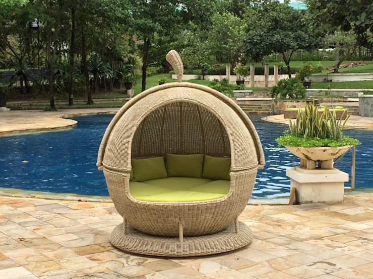 Apple Day Bed: modern  by Garden Furniture Centre, Modern