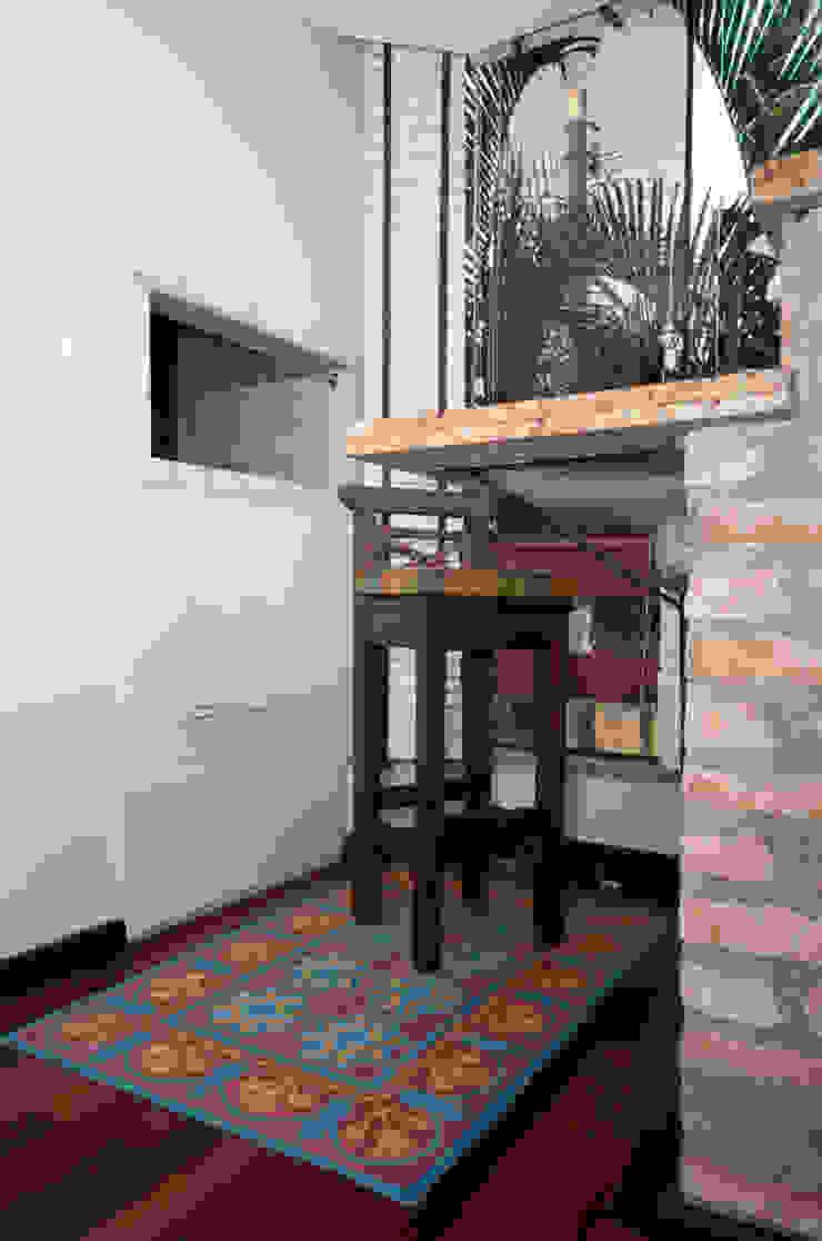 Projeto Apartamento de Casal Paredes e pisos modernos por Malu Soeiro Reforma, Arte e Design Moderno
