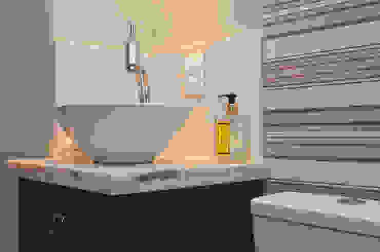 Projeto Apartamento de Casal Banheiros modernos por Malu Soeiro Reforma, Arte e Design Moderno