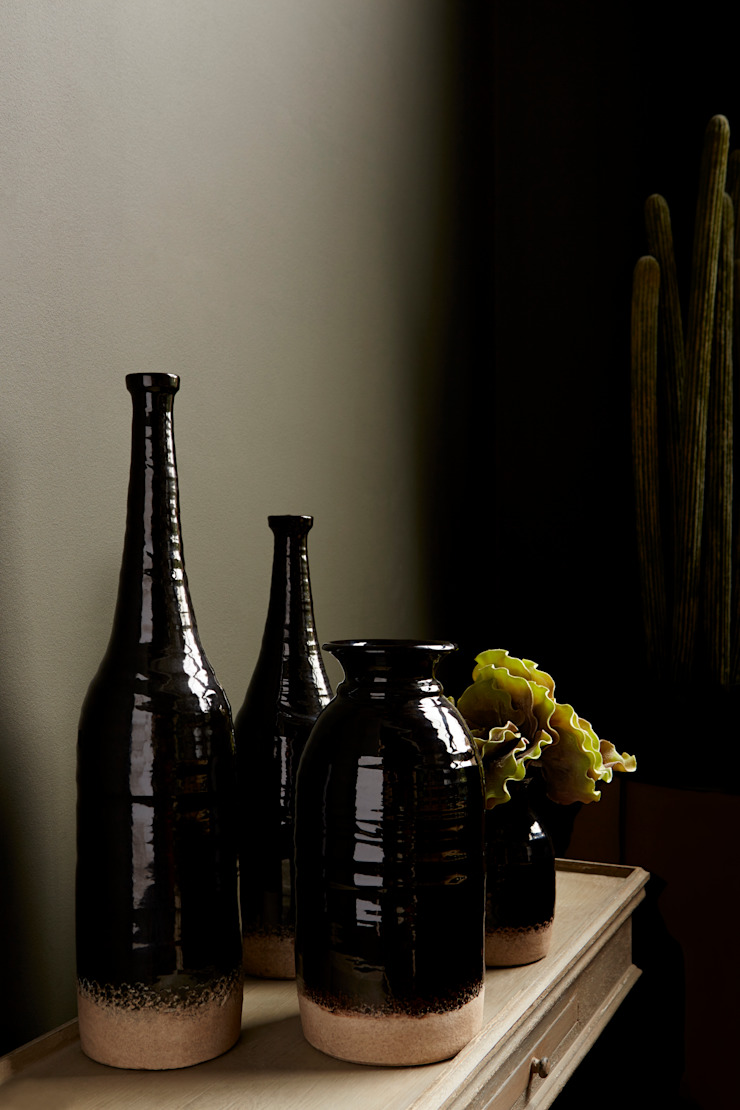 Canyon vases: eclectic  by Abigail Ahern, Eclectic