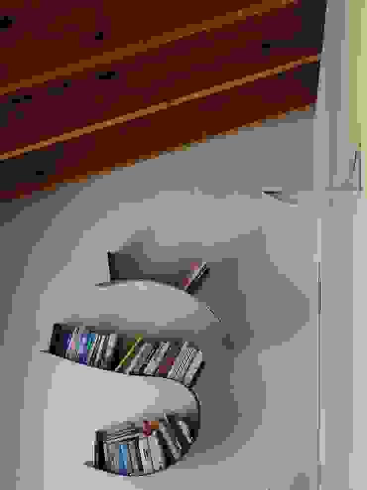 Corridoio zona notte Aroma Italiano Eco Design Ingresso, Corridoio & Scale in stile minimalista