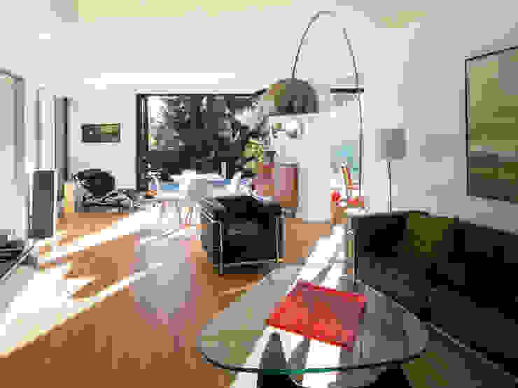 Projekty,  Domy zaprojektowane przez homify, Nowoczesny