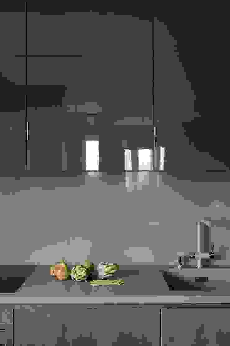 Modern Kitchen by Дизайн бюро Татьяны Алениной Modern