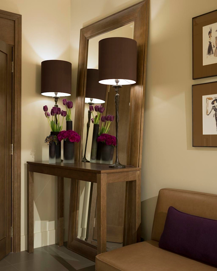 Квартира в Химках Коридор, прихожая и лестница в модерн стиле от Дизайн бюро Татьяны Алениной Модерн