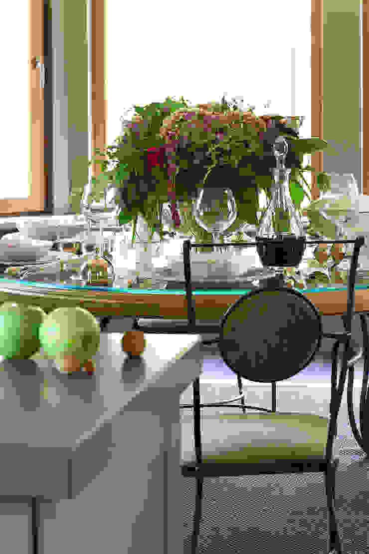 Дом из клееного бруса в Новоглаголево Кухня в стиле модерн от Дизайн бюро Татьяны Алениной Модерн
