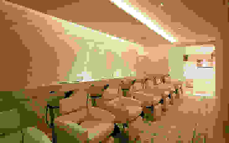 Shampoo area オリジナルな商業空間 の WORKTECHT CORPORATION オリジナル