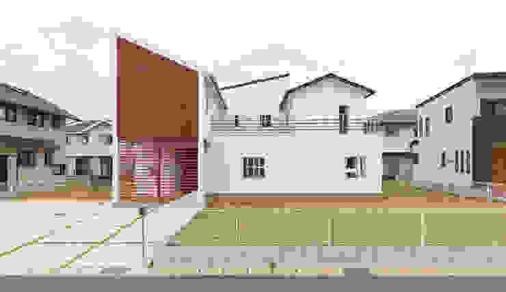 現代房屋設計點子、靈感 & 圖片 根據 吉田裕一建築設計事務所 現代風 金屬