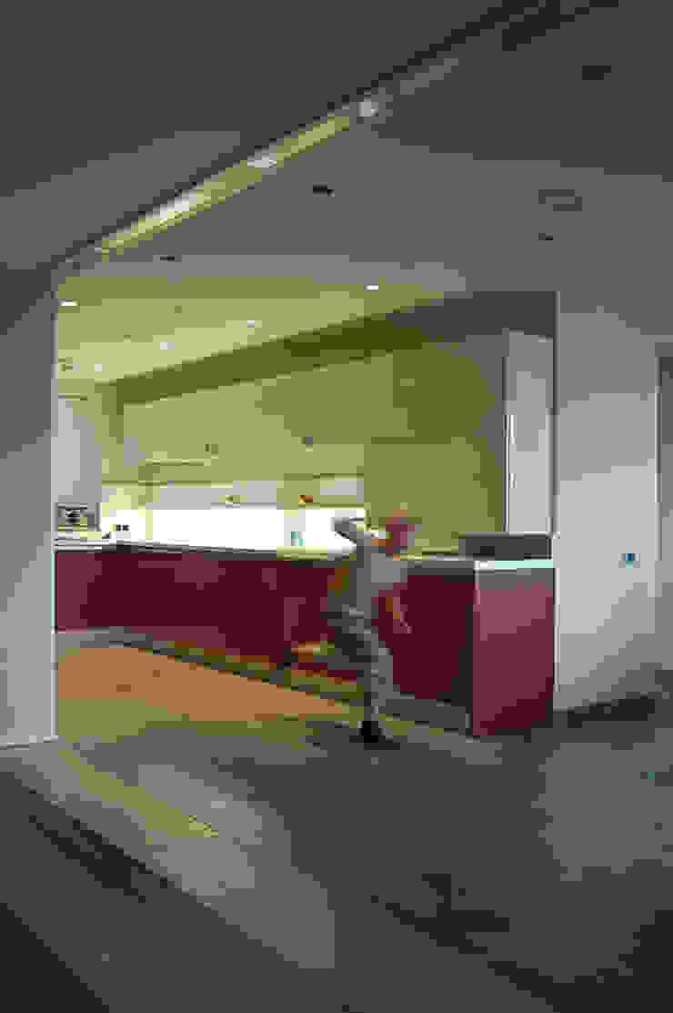 Кухня (DZ)M Интеллектуальный Дизайн Кухня в стиле модерн