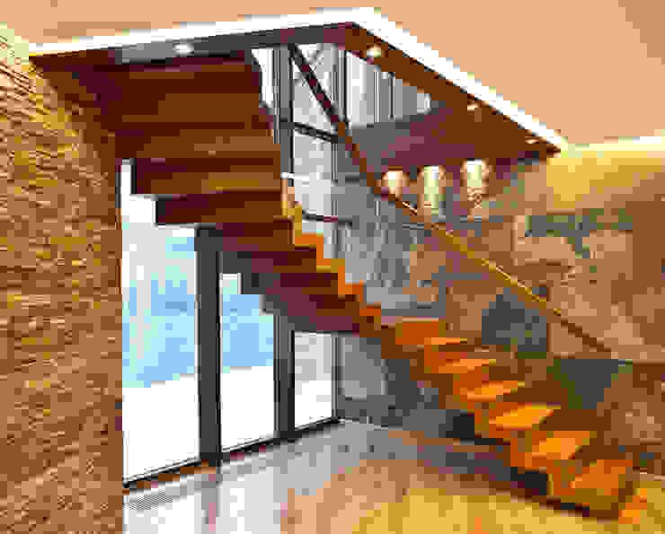 Grand Design Staircases info1161 Moderner Flur, Diele & Treppenhaus