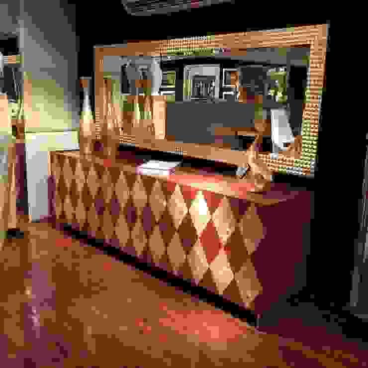 Showroom Estudios y despachos de estilo moderno de Wing Chair S.A. Moderno