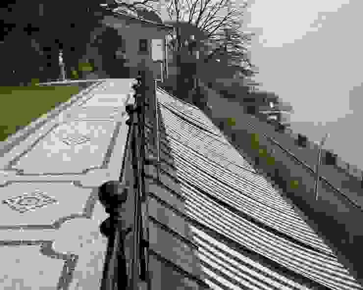 Villa Socotina – Como Lake Archiluc's - Studio di Architettura Stefano Lucini Architetto Klassischer Balkon, Veranda & Terrasse