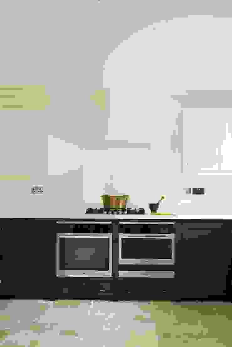 The Staffordshire Shaker Kitchen by deVOL Modern kitchen by deVOL Kitchens Modern