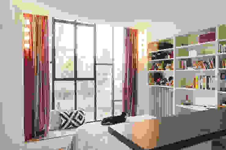 Chambre dans l'extension Chambre moderne par maéma architectes Moderne