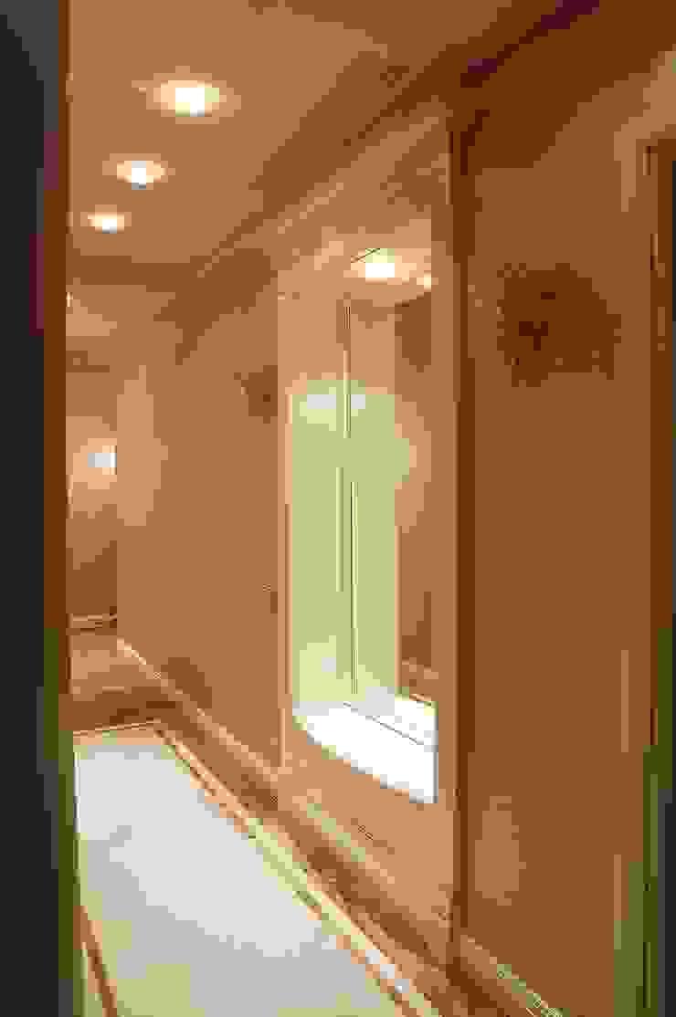 Коридор. Коридор, прихожая и лестница в стиле минимализм от KRAUKLIT VALERII Минимализм