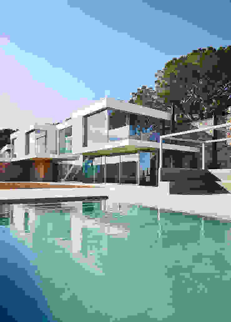 Juncal & Rodney house Piscinas de estilo mediterráneo de Pepe Gascón arquitectura Mediterráneo