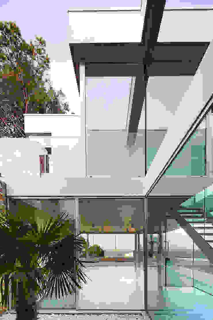 Juncal & Rodney house Pasillos, vestíbulos y escaleras de estilo mediterráneo de Pepe Gascón arquitectura Mediterráneo