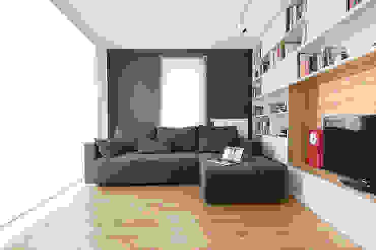 Mieszkanie MiM Minimalistyczny salon od 081 architekci Minimalistyczny