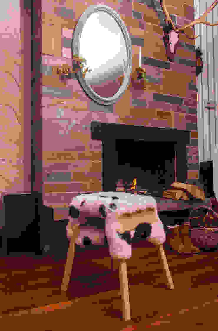 Livestock stool (Big Shaun) van Product Design - Tijn van Orsouw Rustiek & Brocante