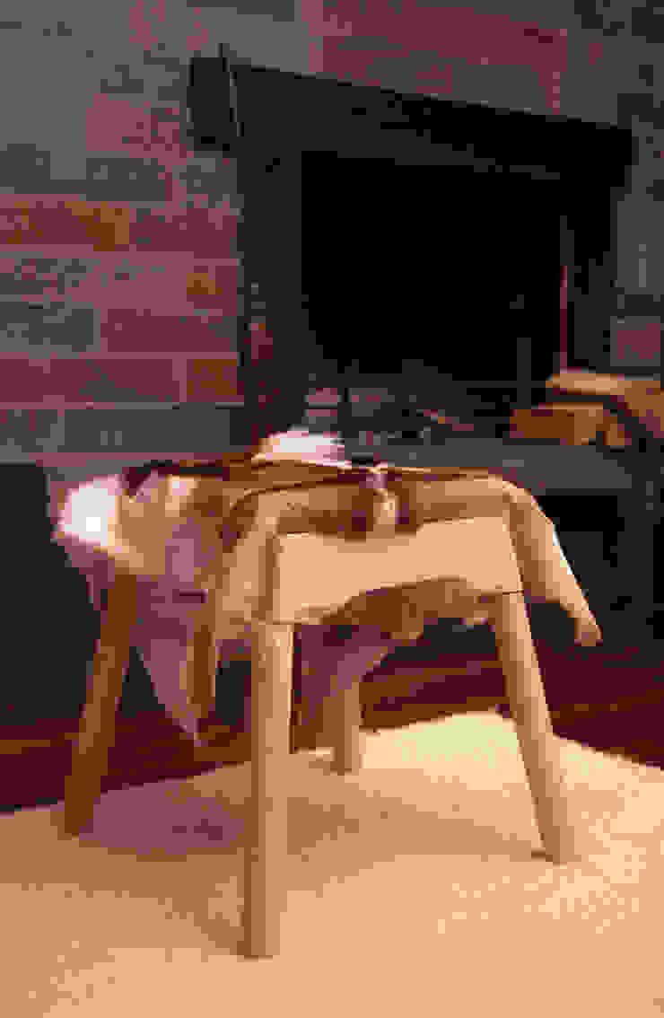Livestock stool (Billy) van Product Design - Tijn van Orsouw Rustiek & Brocante