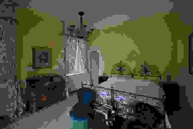 Villa Silva - Torno Lago di Como Camera da letto in stile classico di Archiluc's - Studio di Architettura Stefano Lucini Architetto Classico