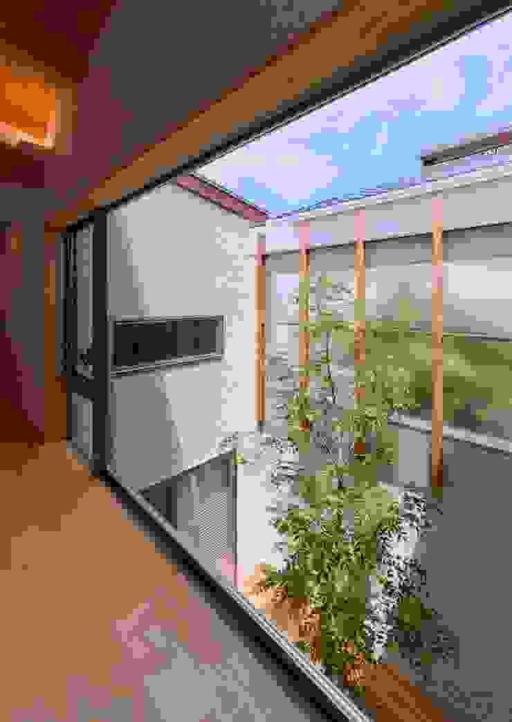 中庭 モダンな庭 の 森建築設計室 モダン