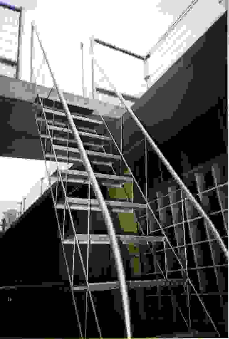 . 和風の 玄関&廊下&階段 の 株式会社 匠明 和風