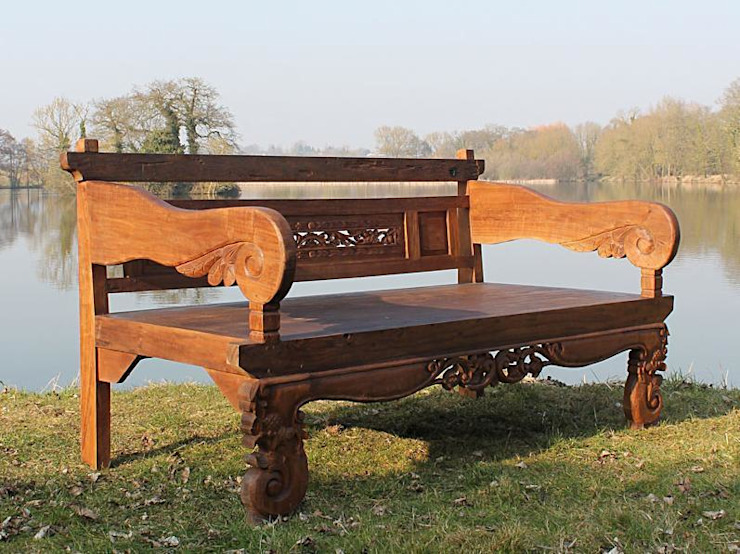 Bali Chunky Carved Bench: rustic  by Garden Furniture Centre, Rustic